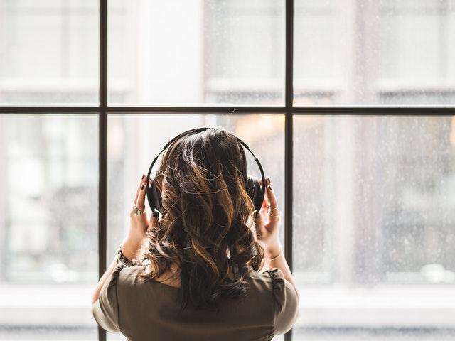 Musiikki kuntouttaa aivoja
